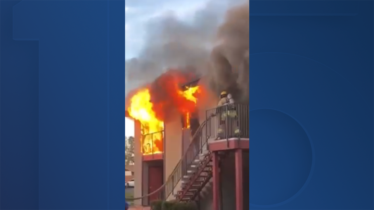 deadly fire 81st Ave. and Indian School.png