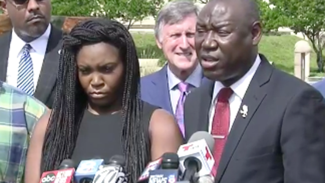 Civil rights attorney Benjamin Crump: White man must be charged in killing of black man