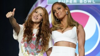 Jennifer Lopez, Shakira to honor Kobe Bryant during Super Bowl halftime show