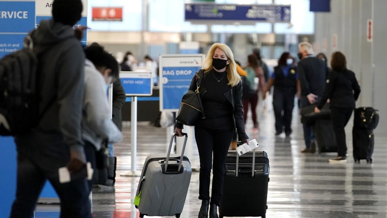 Virus Outbreak Holiday Travel Chicago