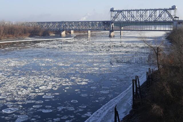 PHOTOS: Beauty found in icy Kansas City