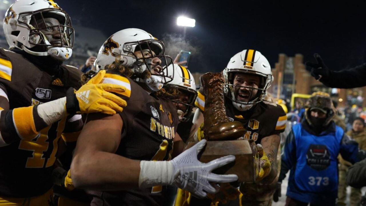 Wyo FB Bronze Boot.JPG