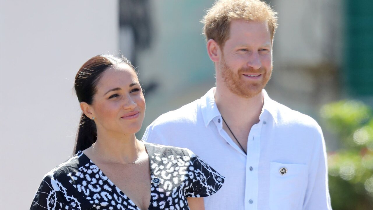 Prince Harry and Meghan Markle to step back from 'senior' roles in royal family