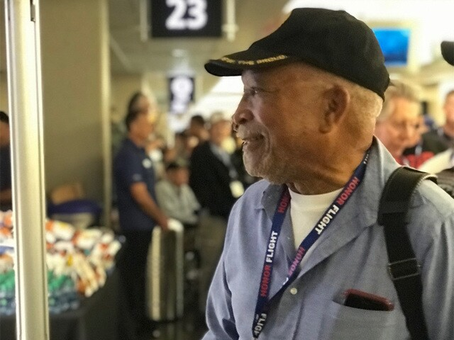 PHOTOS: Veterans go on 'Tour of Honor' thanks to Honor Flight San Diego