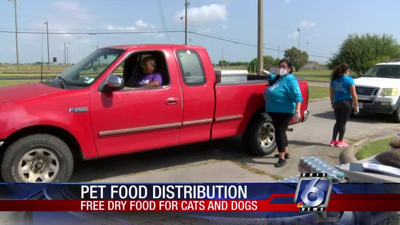 Free pet food distribution