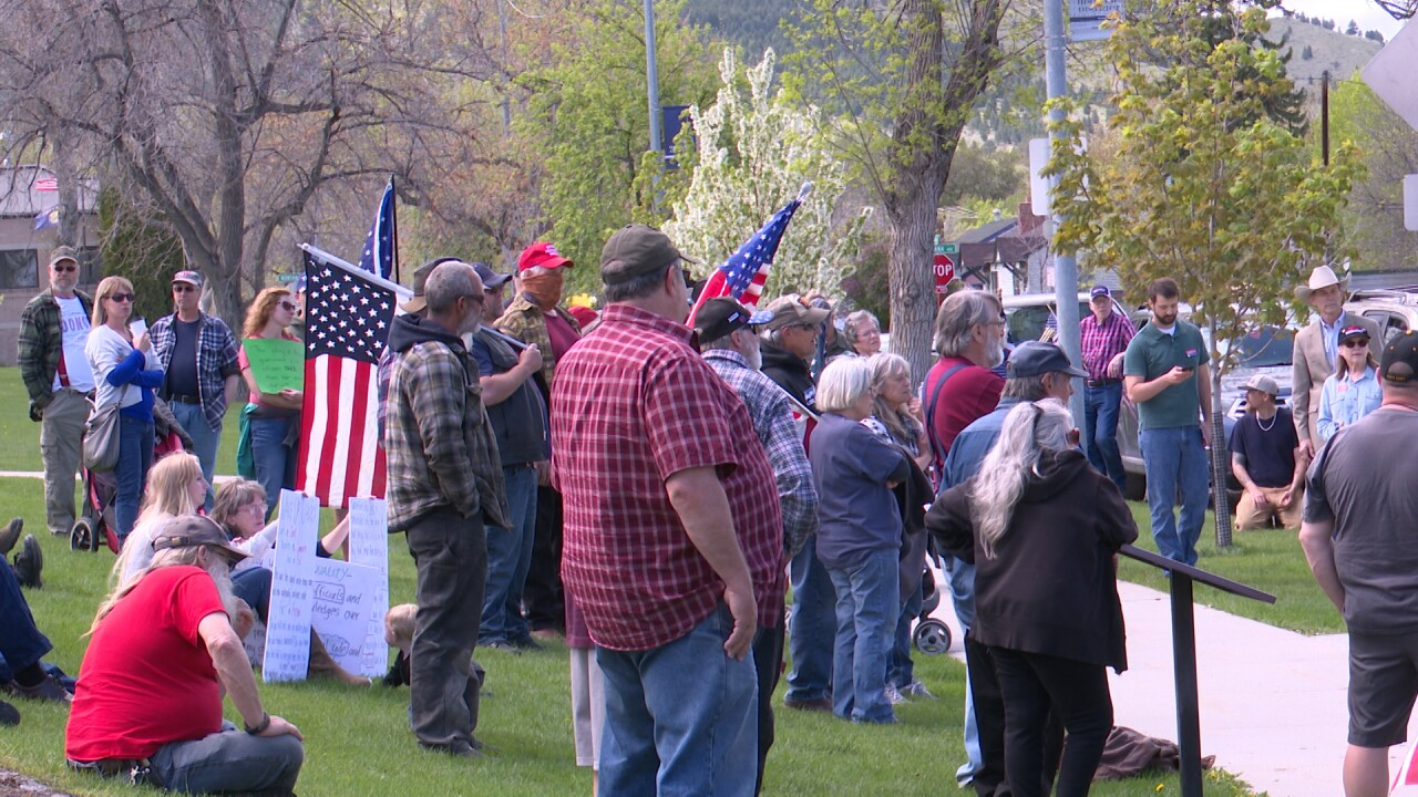 Helena protestors call for relaxing Montana's COVID-19 restrictions