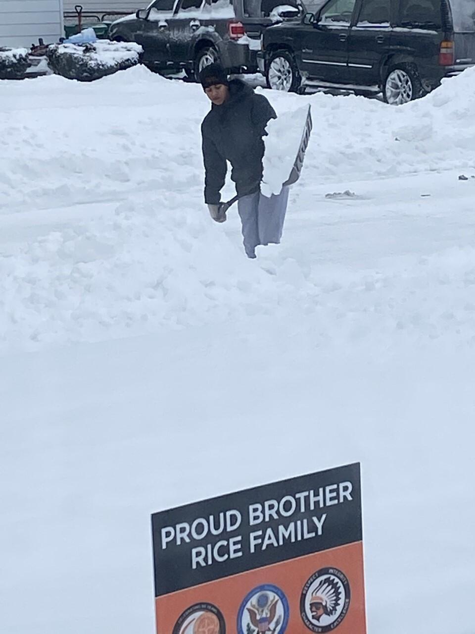 Dee Willis, Brayden Willis shoveling.jpg