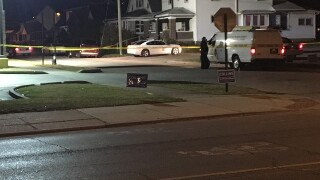 Man shot and killed on southside of Indianapolis