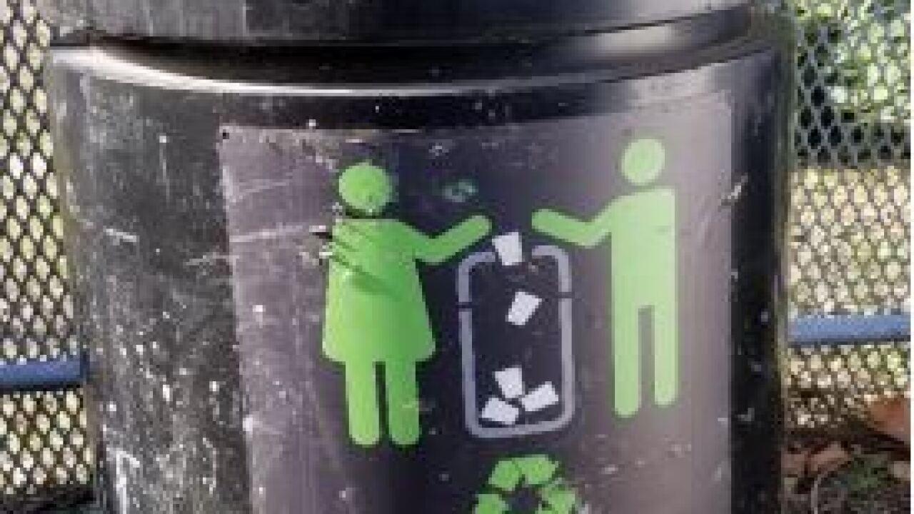 trash can pic.JPG