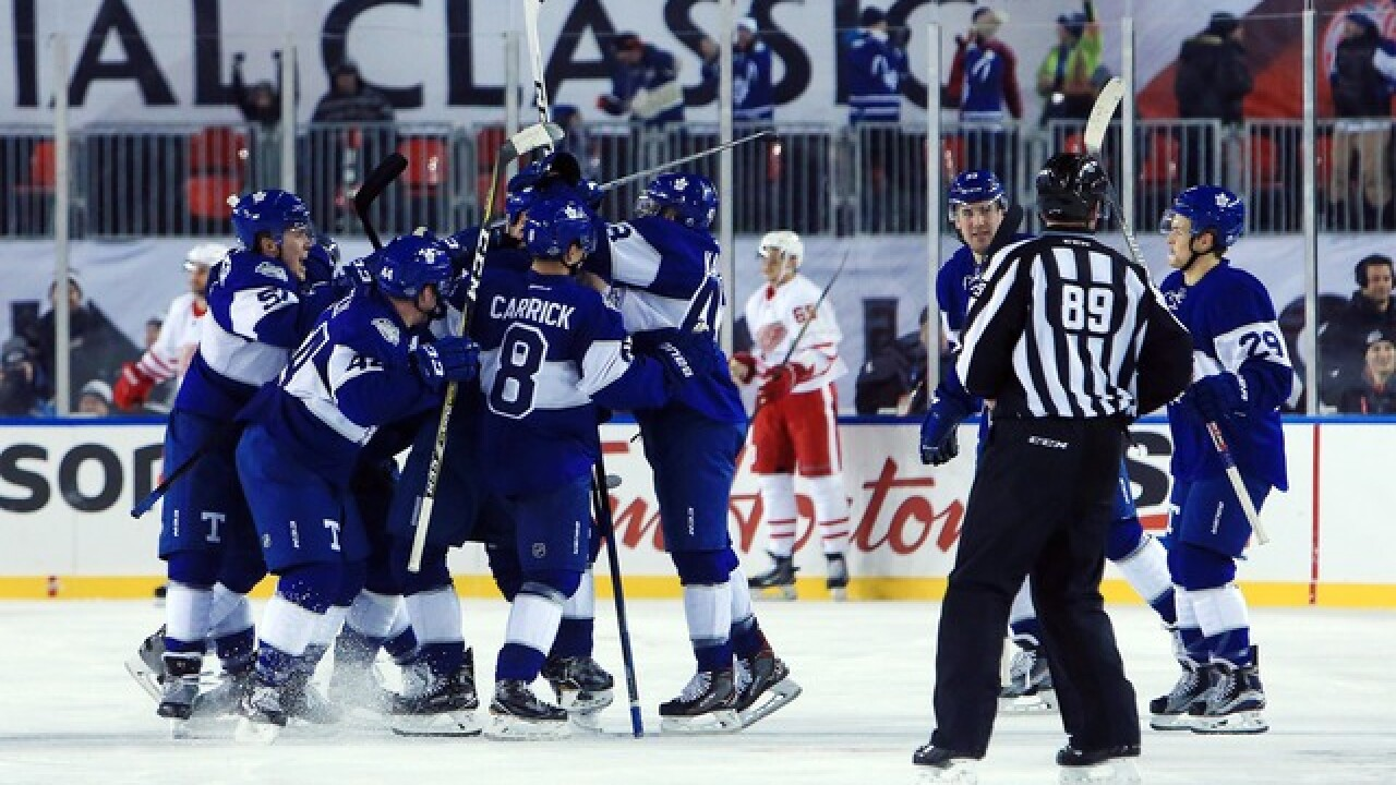 be179b5df Maple Leafs edge Red Wings in OT at Centennial Classic