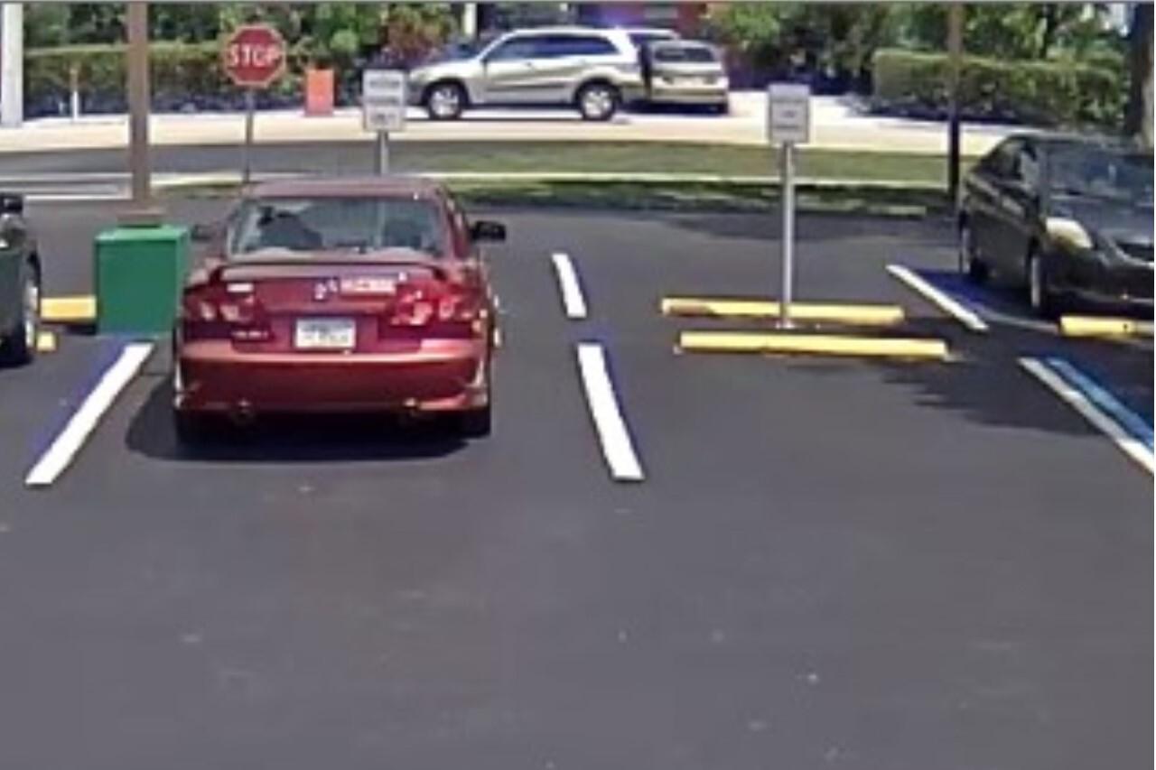 Fort Myers stranger danger 9-11-19.jpg