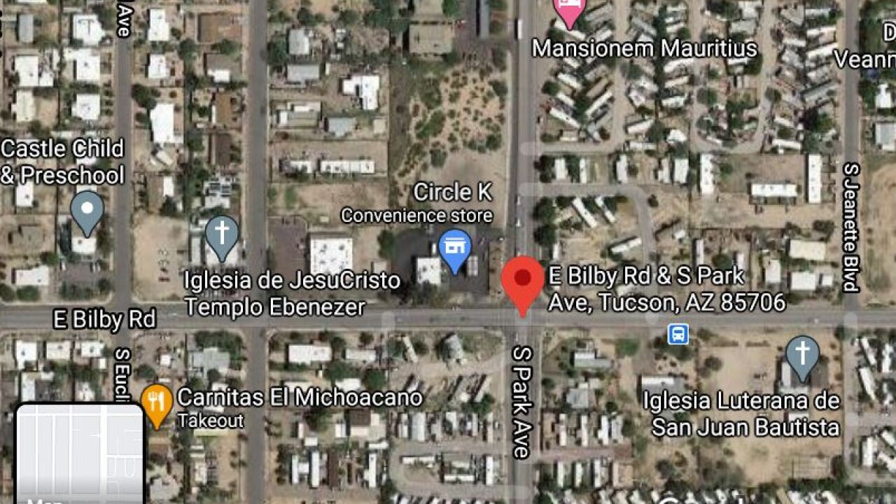 Tucson Fire crews responded to a gas leak in the 6100 block of South Park Avenue Monday.