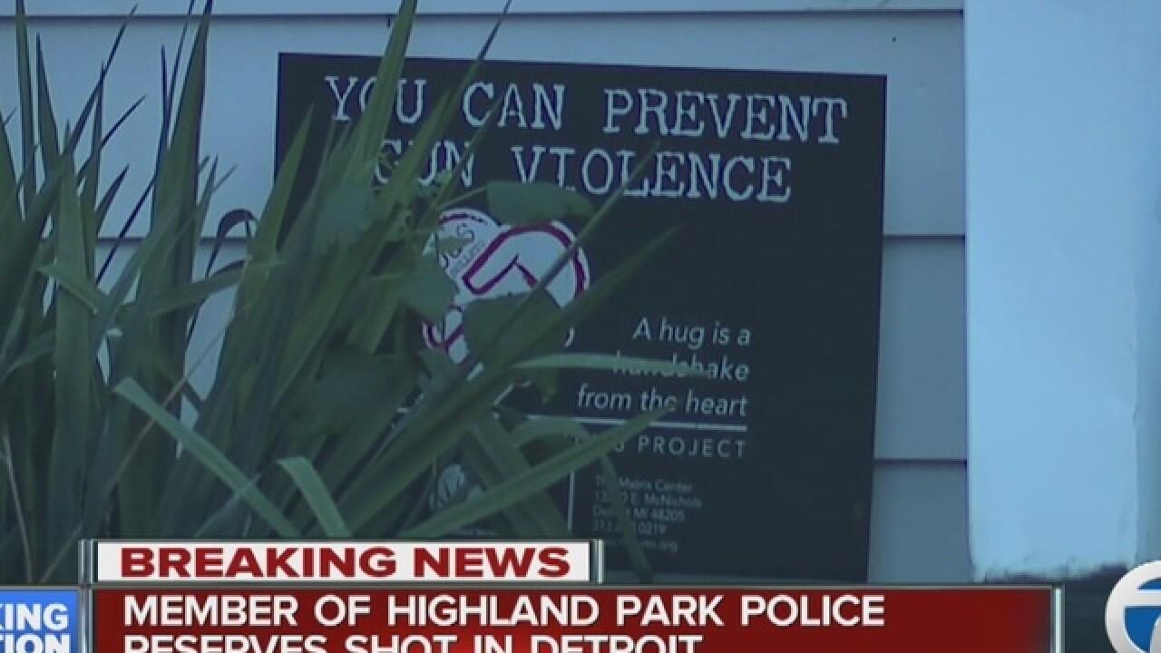 Highland Park police officer shot in Detroit