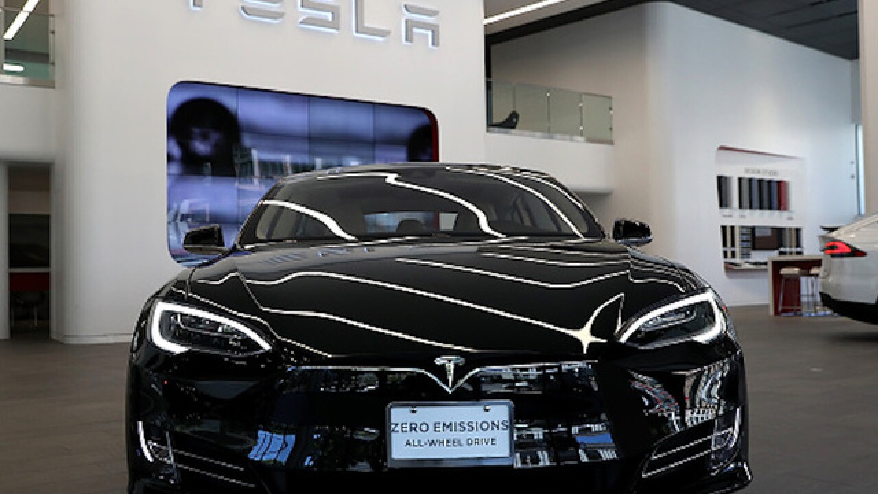 Tesla recalling more than 100,000 Model S sedans