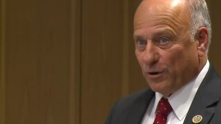 Congressman Steve King facing tight re-election bid