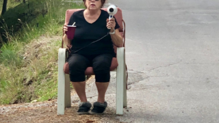 Polson woman uses hair dryer disguised as speed gun to slow speeding cars
