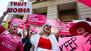 Federal judge blocks Mississippi abortion law