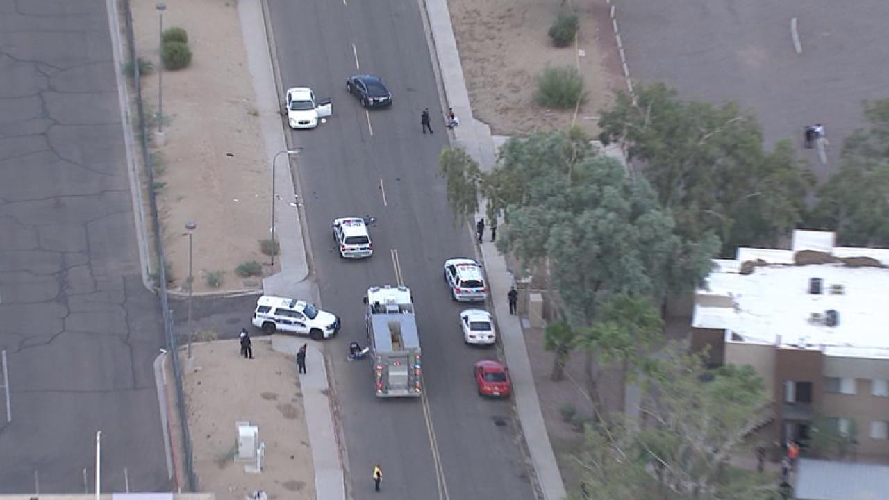 Multiple people stabbed in west Phoenix
