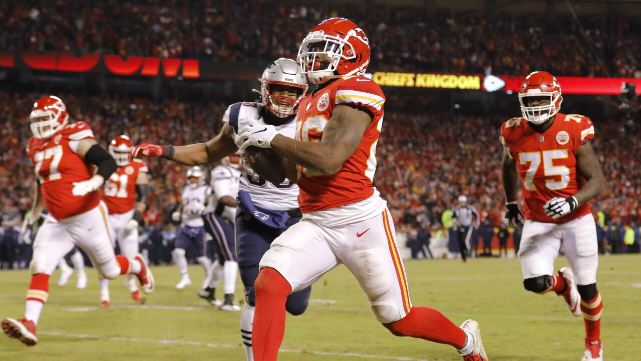 Chiefs Training Camp Notes Damien Williams Diet Thornhill S New Gig And More
