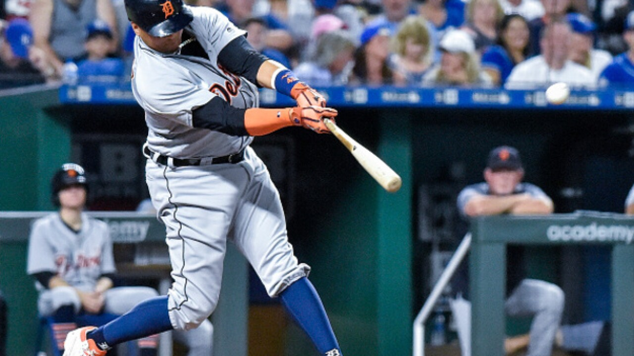 Victor Martinez homers for the first time since May, but Tigers lose to Royals