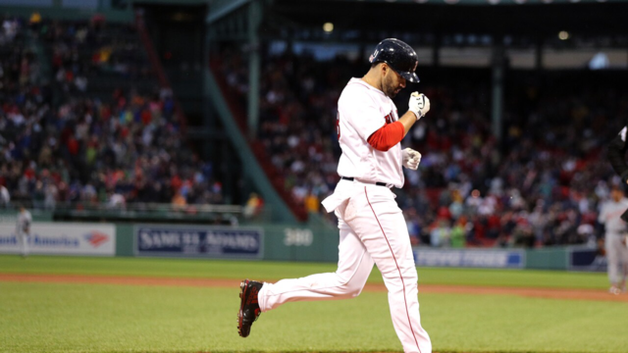 J.D. Martinez hits 20th, Wright pitches Red Sox past Tigers