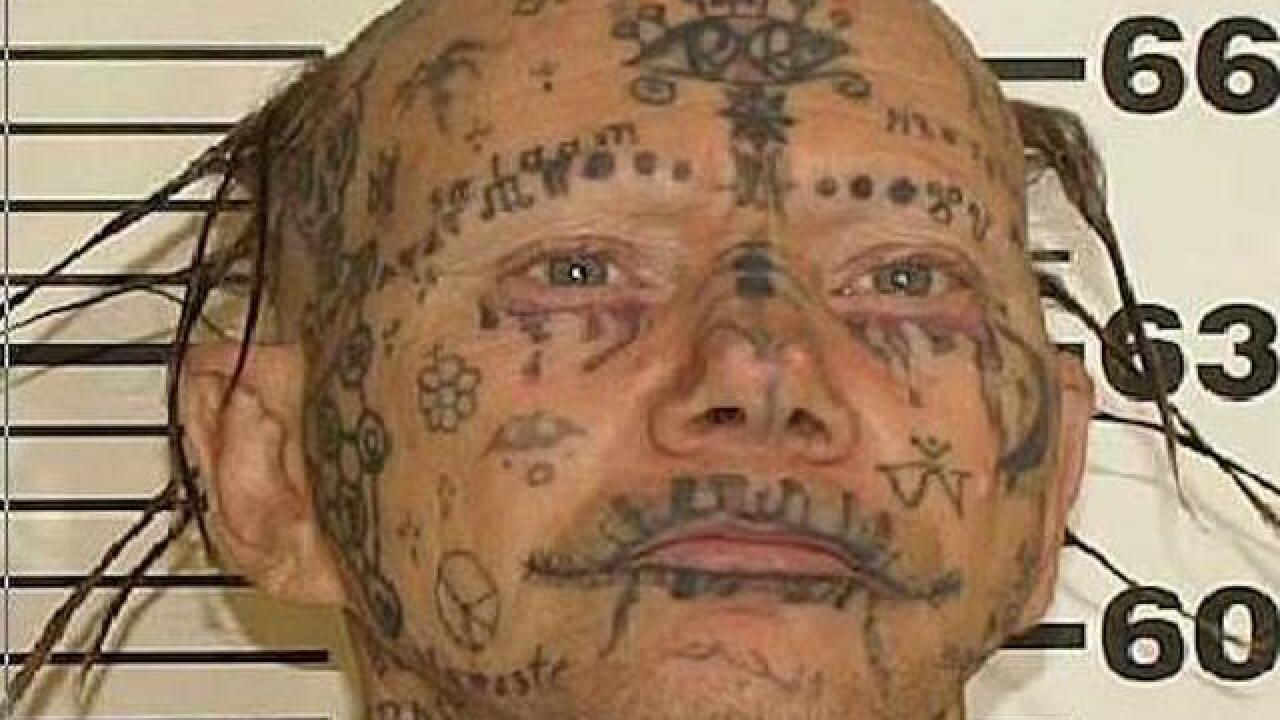 Police catch tattoo-covered sex offender