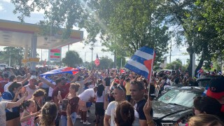 Huge protests in Havana and other cities and towns in Cuba