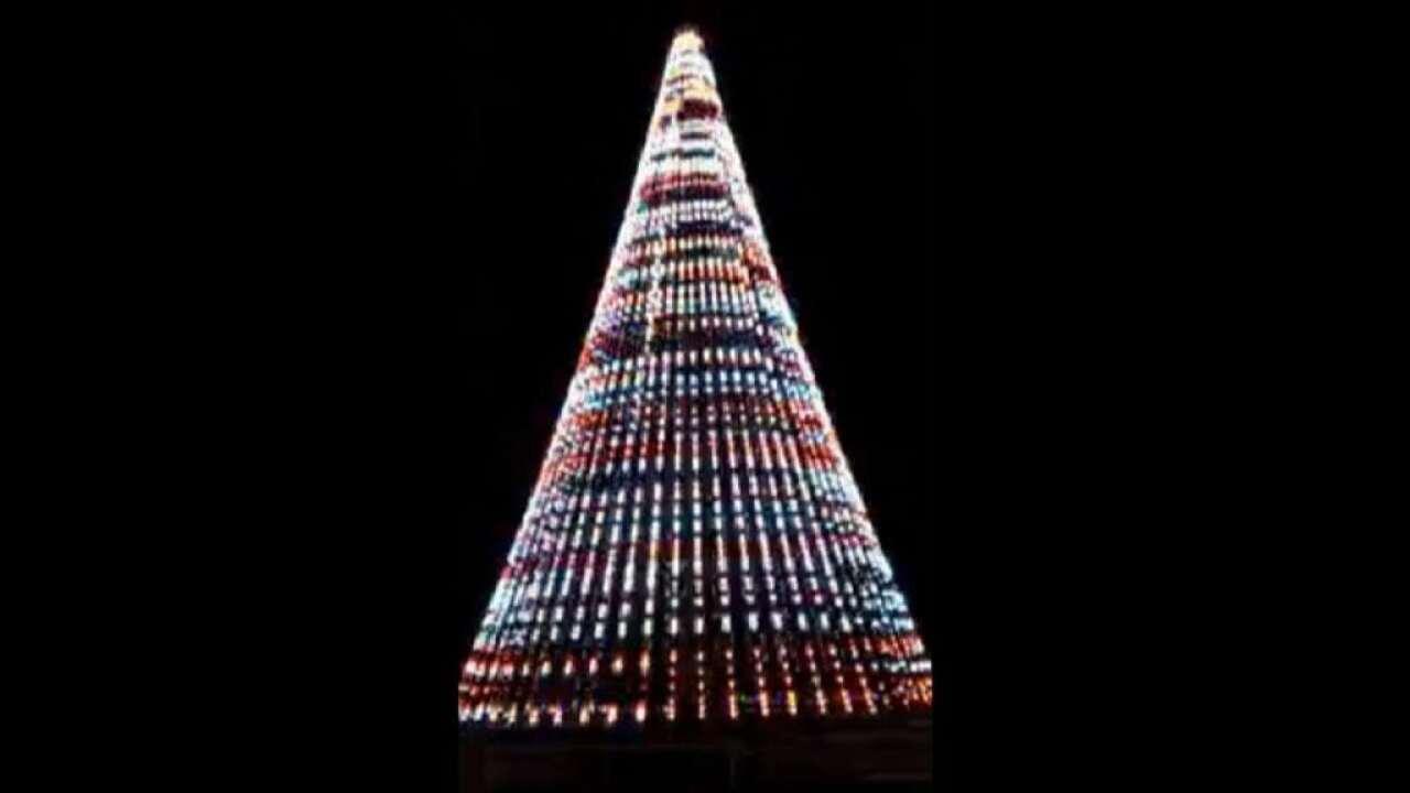 Tree lighting ceremony postponed until Sunday