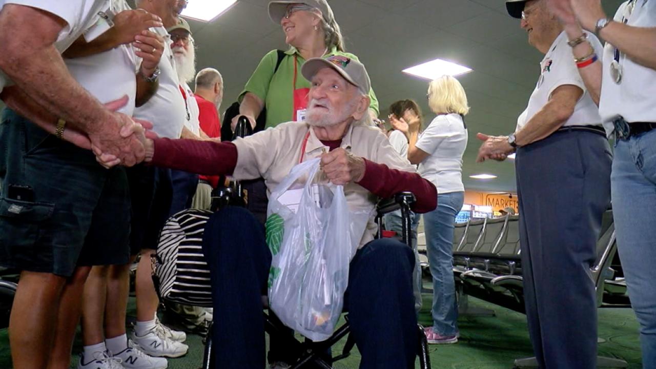 veterans leaving on Honor Flight