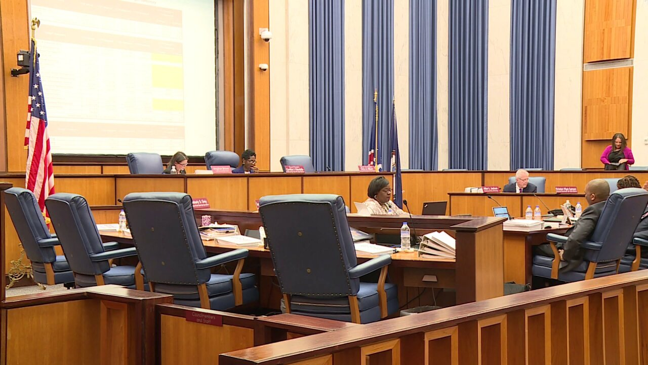 City Council looking for ways to cut costs in proposed departmentbudgets