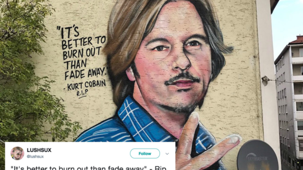 David Spade confused by Kurt Cobain mural that looks like him