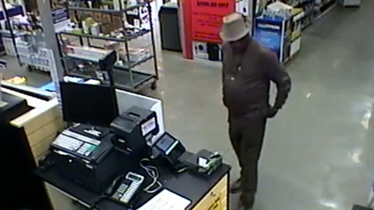 Man wearing fedora wanted in Henrico wallettheft