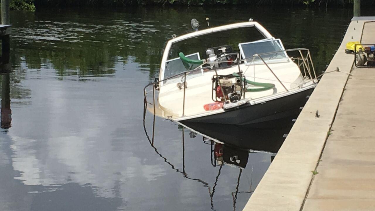 Sunken boat 2.jpg
