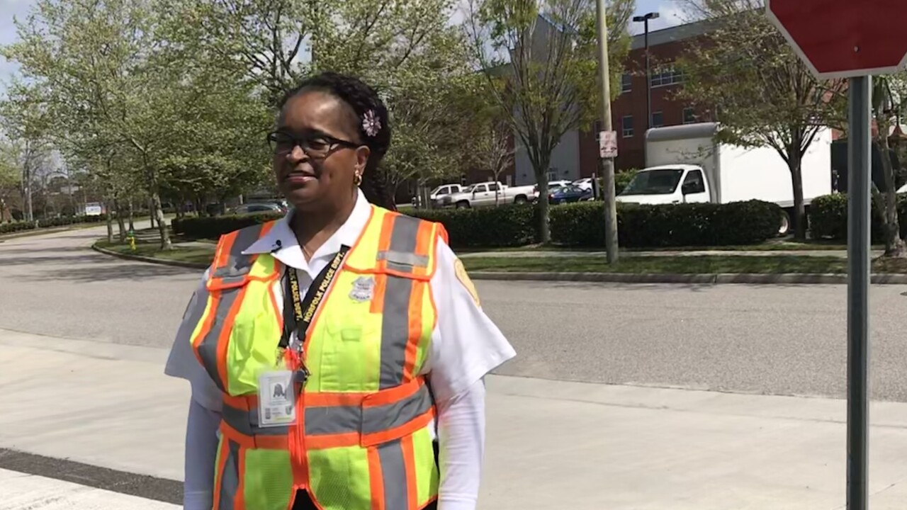 Need a job? Norfolk needs people to help students safely cross thestreet