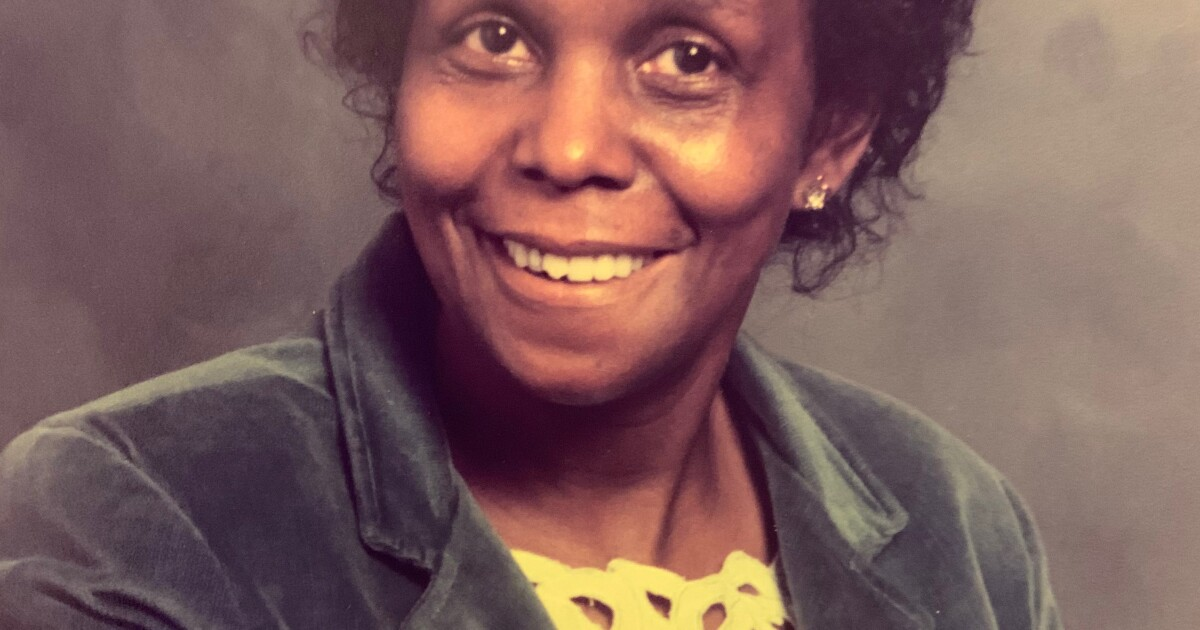Golden Alert issued for missing Lexington woman with dementia