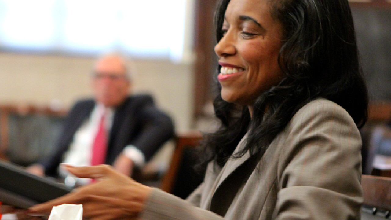 Tracie Hunter timeline: Trials and tribulations