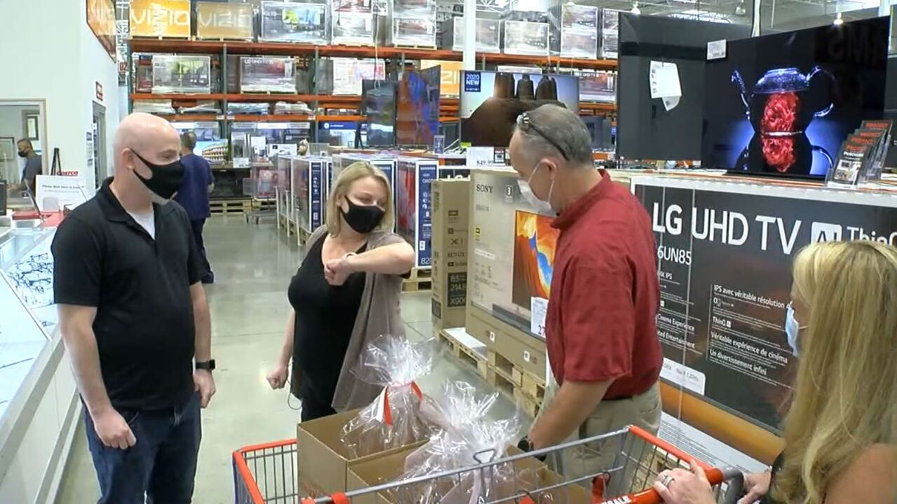 Employees save dentist in Mason COSTCO