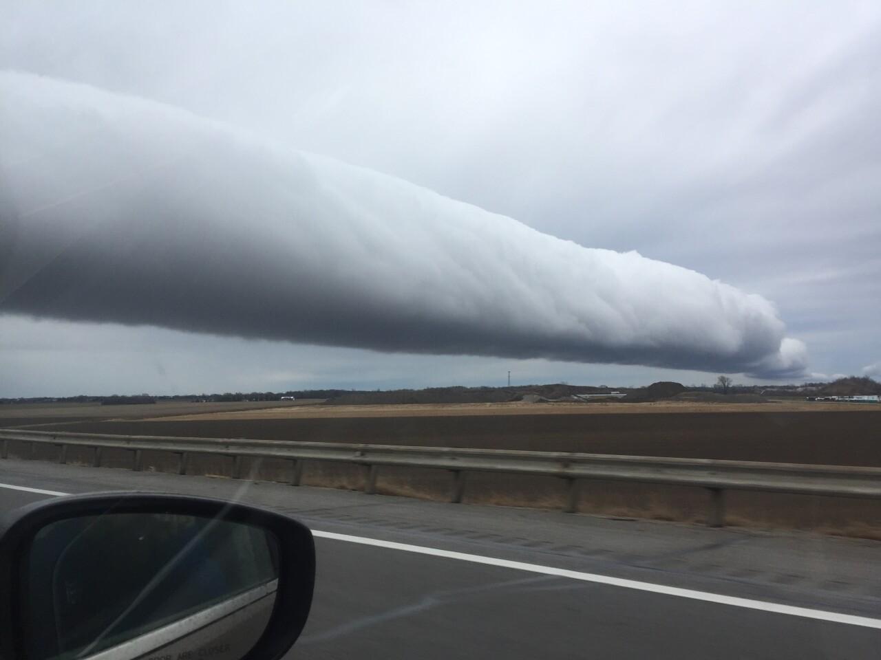 Roll cloud