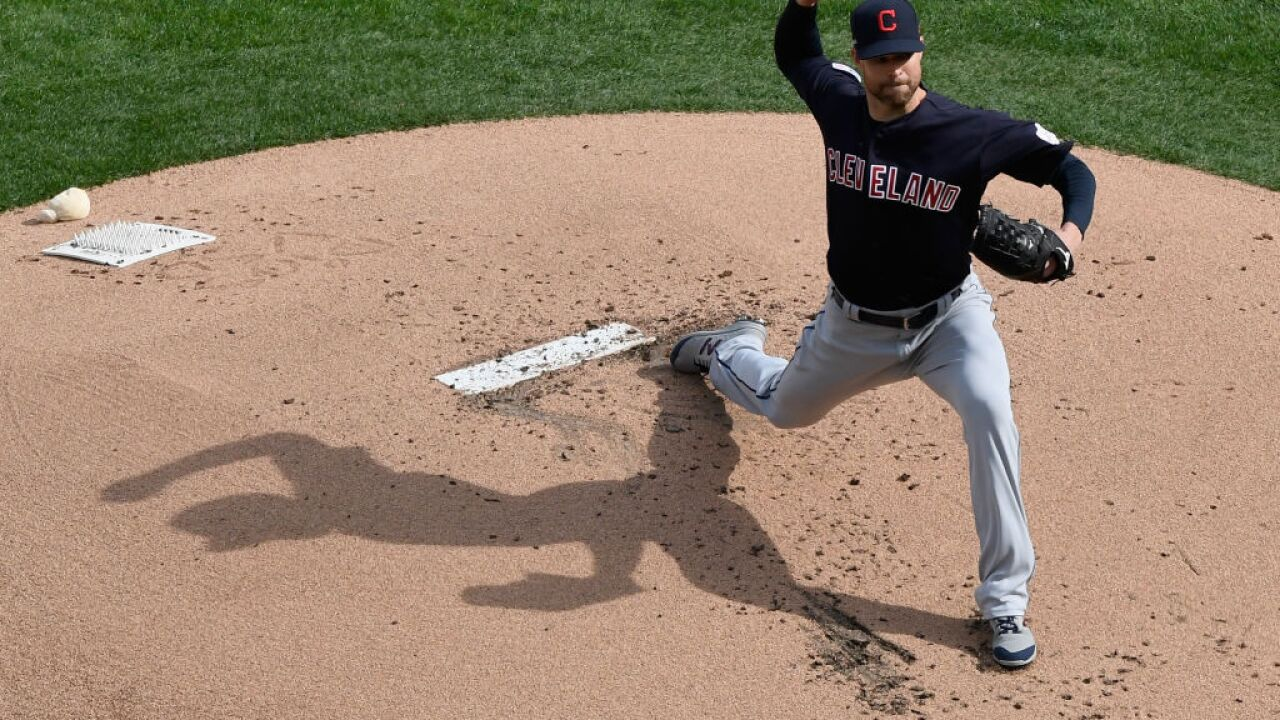 ffb2fa8d7c1 Cleveland Indians fall to Twins in season opener