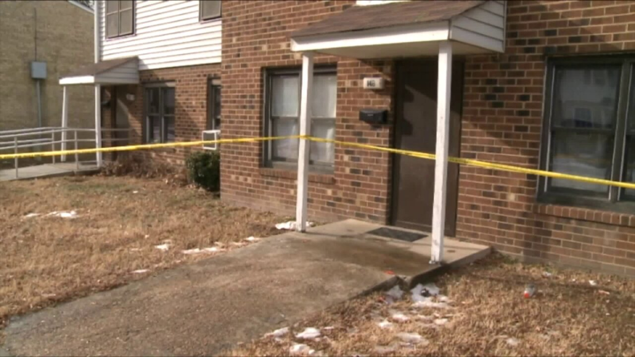 Petersburg mother and daughter suffer burns after wax on stove ignites