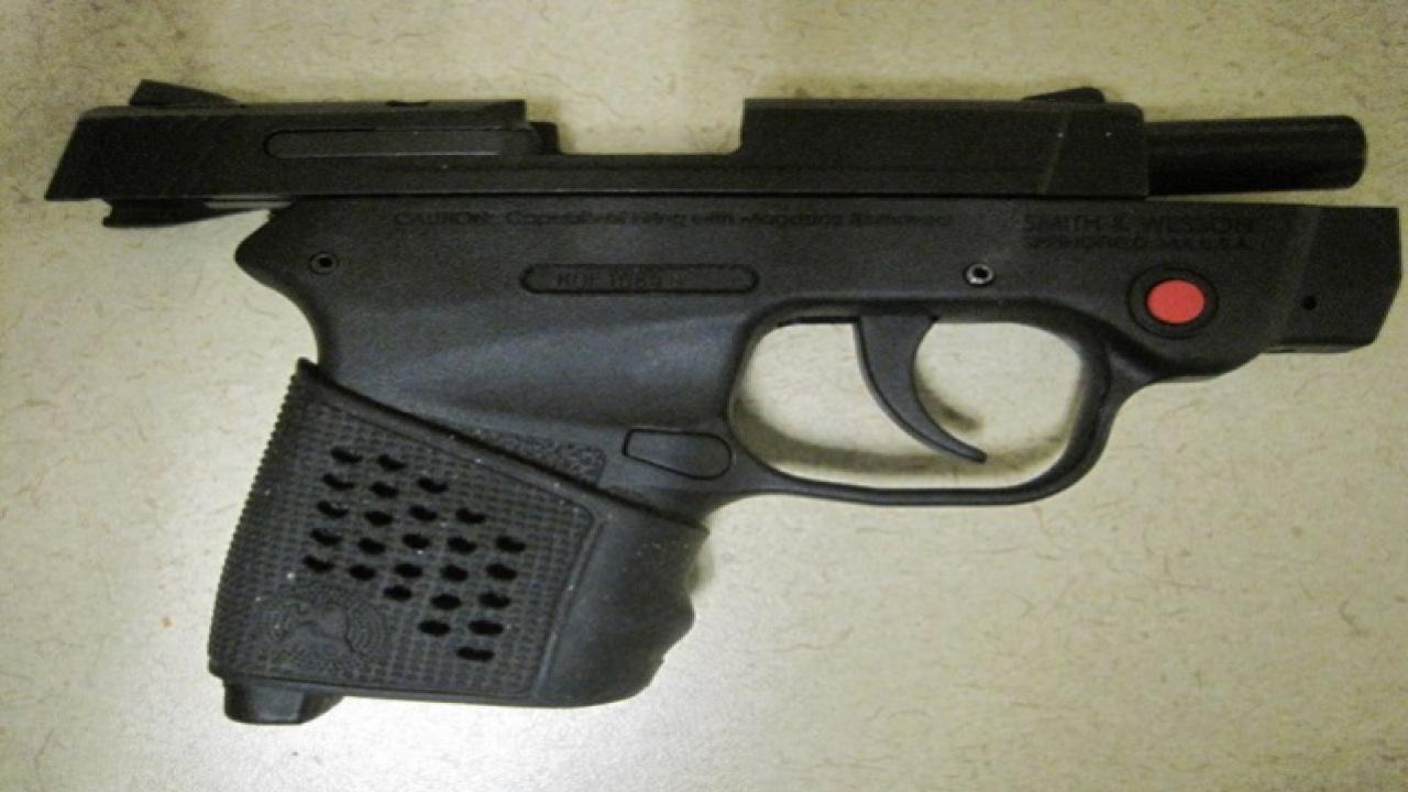TSA screeners find two guns at Boise Airport