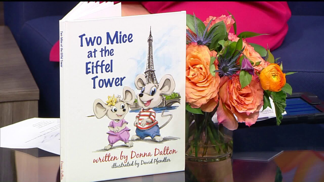"""""""Two Mice at The EiffelTower"""""""
