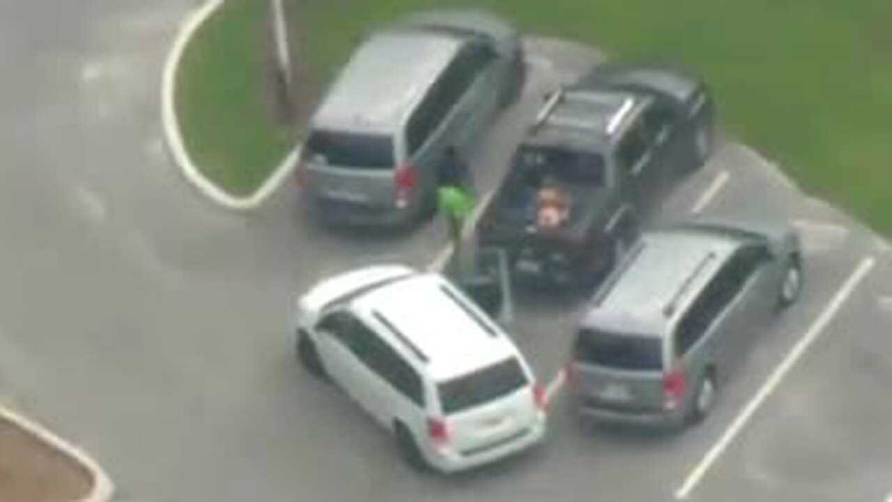 wptv-auto-burglary-suspects-.jpg