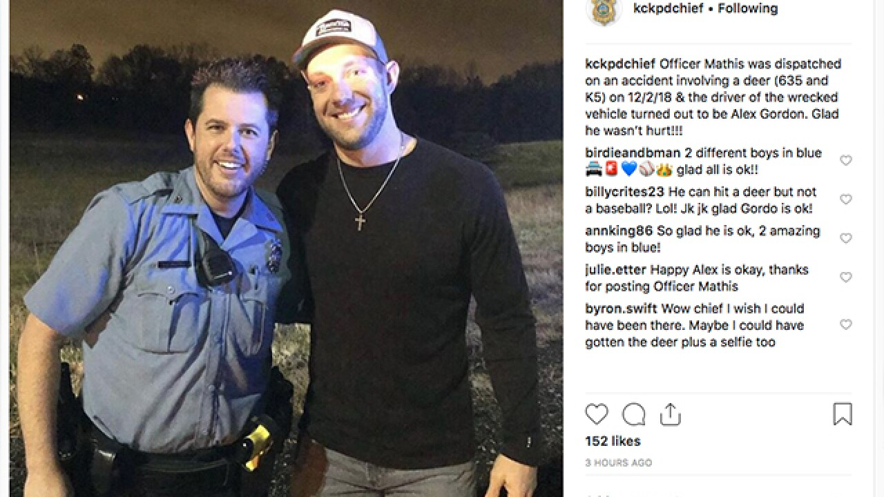 Alex Gordon not injured after hitting deer in KCK
