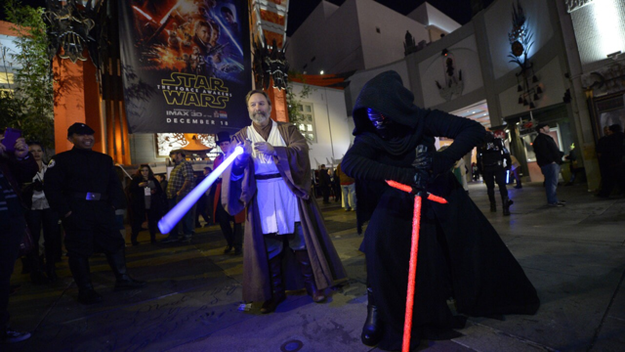 GALLERY: Fans geek out at 'Star Wars' premiere