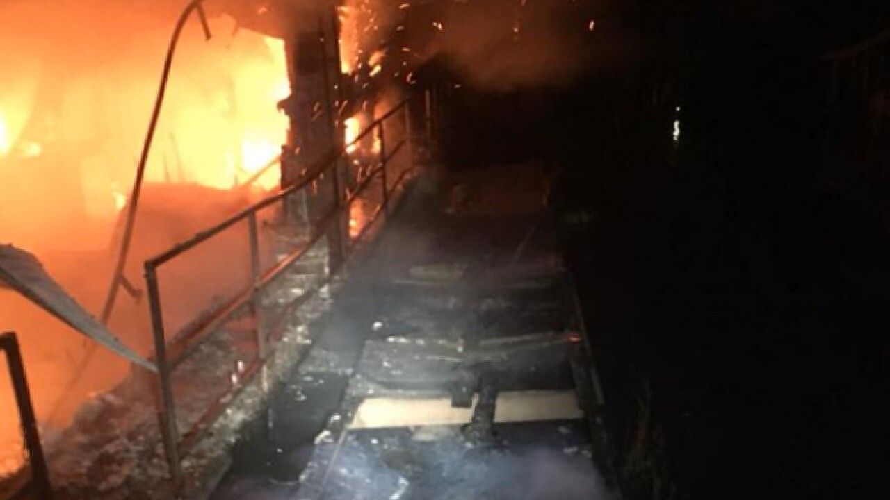 Houseboats Destroyed In Cedar Hill Marina Fire