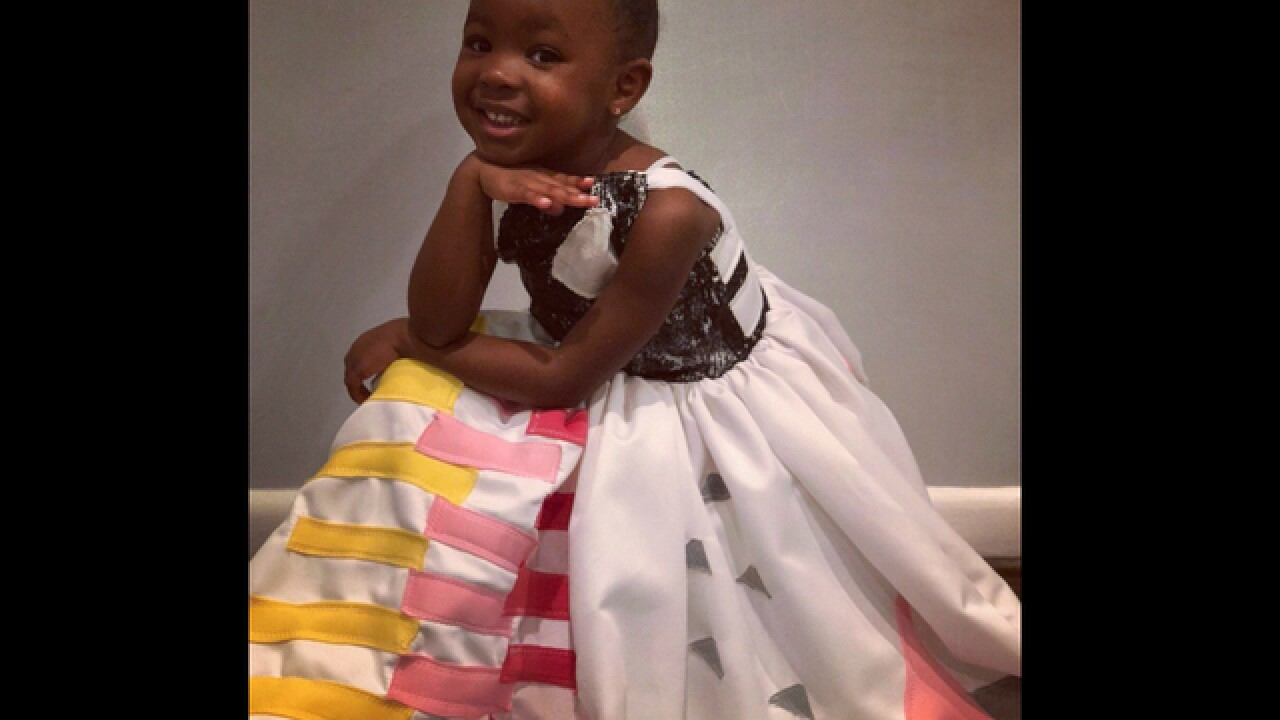 The little girl awestruck by Michelle Obama's portrait went as her for Halloween