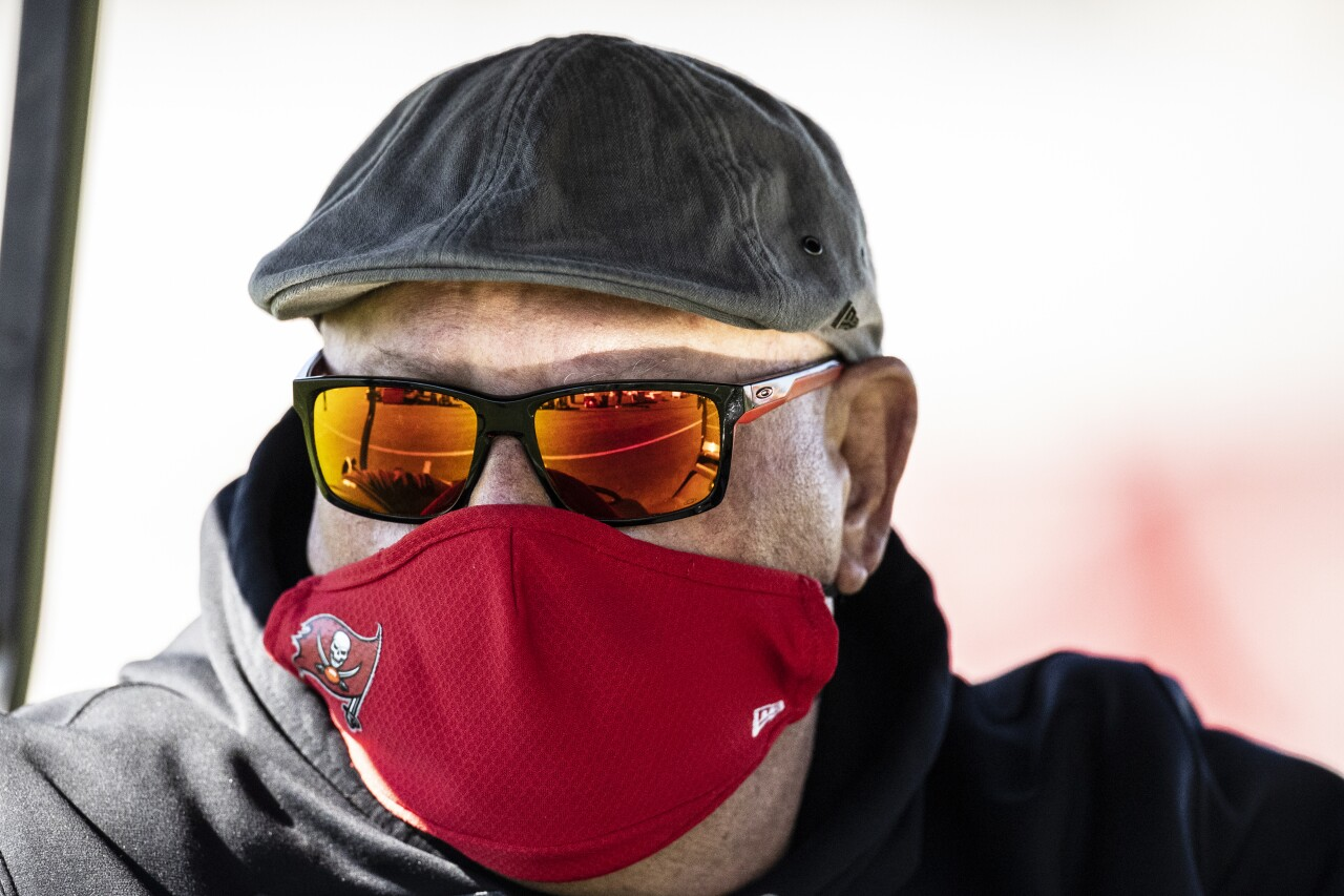 Tampa Bay Buccaneers head coach Bruce Arians watches Super Bowl LV practice, Feb. 3, 2021