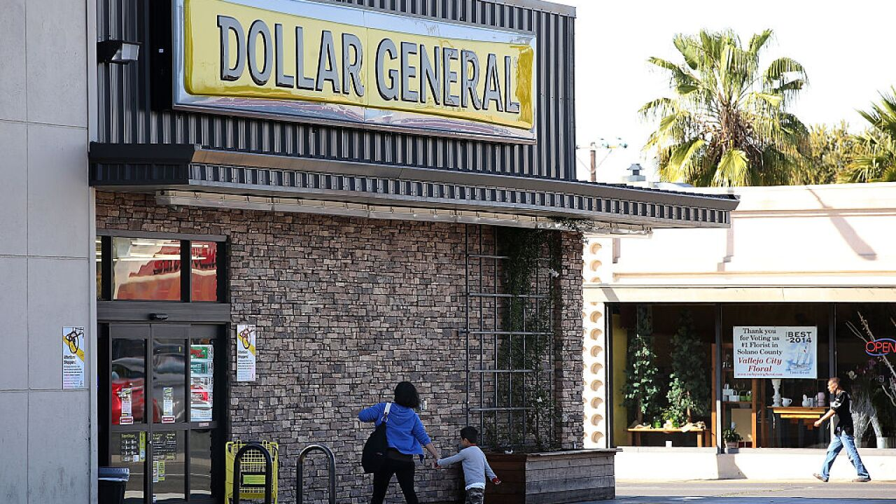 Dollar General to open nearly 1,000 new stores while other dollar chains shrink