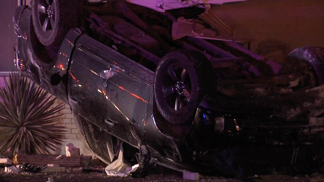 Car crashes into Sun City Home